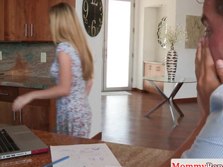 Stepmom cockrides in forbidden 3some with legal age teenager