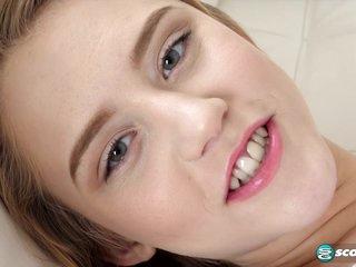 Bi Babe Craves Cock - NaughtyMag